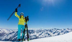 Los mejores cascos de esquí con visera